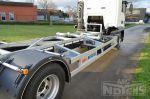 902115 twistlockbalken wisselstructuur op vrachtwagen met onderschuiver laadlift