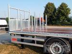 802325 uitneembare stippen in laadvloer aanhangwagen