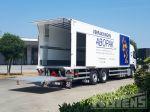 902017 laadbak met laadlift distributietransport
